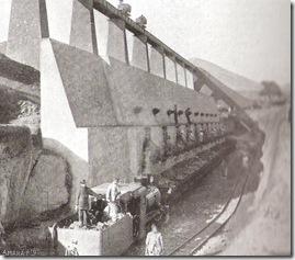 Tolvas de la Mina Navarrete, , foto Semanario La Esfera año 1916
