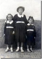 Agueda, Desena, y Aguedita Herrera.